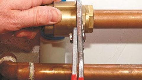 Как правильно подключить радиатор отопления?
